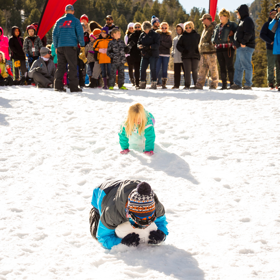 kids racing in the frozen turkey race